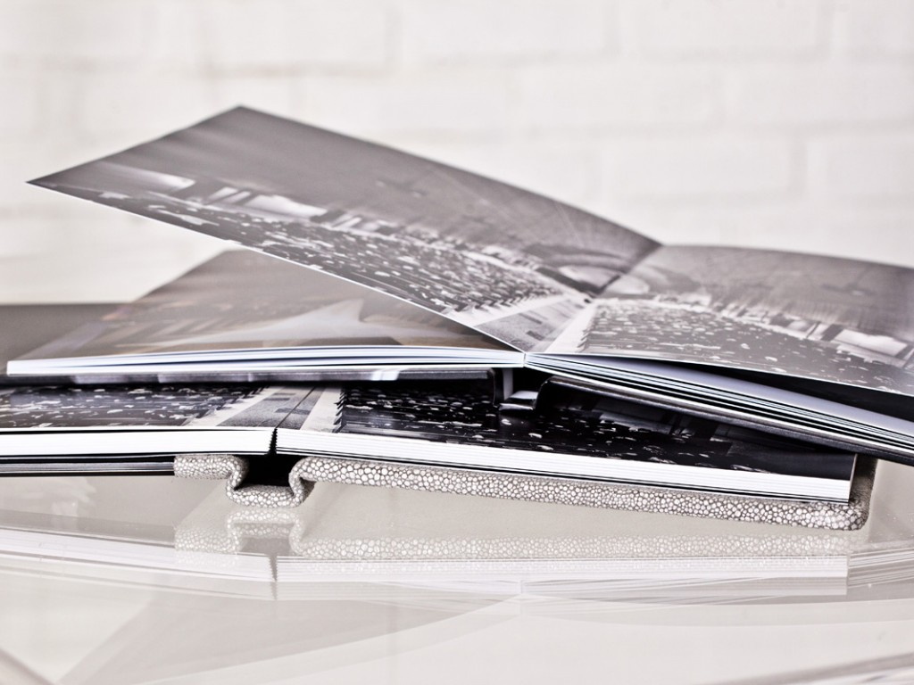 The Ultra Thin Book